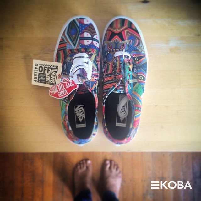 The doctor's new kicks are in! @zioziegler, we've got our hearts set on a mural at KOBA! #KOBA #chiropractic #neurology #nutrition #Berkeley #newkicks #vans #10000steps #local #art #mural #zioziegler #healing #holistichealth #colortherapy #KOBAculture