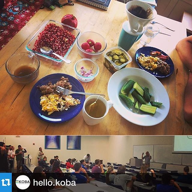 Sharing my personal experiences on the #ketogenic diet with a room full of future docs! All local, organic meat from @thelocalbutchershop. Handmade Butcher's Hash with #cornedbeef, #Bacon, Salmon and Capers, Eggs, OnionsRadishPickles, #BoneBroth, #PhilzCoffee, #NumiOrganicTea Three Roots: #Turmeric Ginger Licorice, #persiancucumbers, #pomegranate --------------- #DrTitusChiu #KOBAchiropractic #chiropractic #neurology #functionalmedicine #homeopathy #KOBAlectures, #KOBAketo, #ketosis #keto #paleo #aip #holistichealth #brainhealth #grainfree #glutenfree #dairyfree