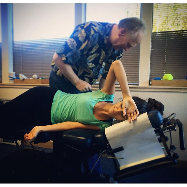 We get regular chiropractic too! Here, Dr. Fallahi is getting her ribs adjusted on a drop table by one of her chiropractic mentors Dr. Walton. ---------- #KOBAchiropractic #Berkeley #chiropractic #neurology #nutrition #homeopathy #bioenergeticmedicine #appliedkinesiology #ak #muscletesting #adjustment #droptable #leander #ribs #holistichealth #bodywork #wellness