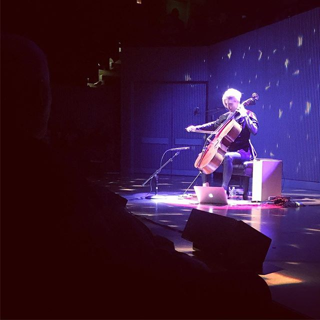 @zoecello soothing our souls and temporal lobes with the sweet sweet sounds of her cello. #KOBA #chiropractic #neurology #nutrition #Berkeley #SFjazz #cello #musicasmedicine #music #brainhealth #holistichealth #DrTitusChiu #DrNatashaFallahi