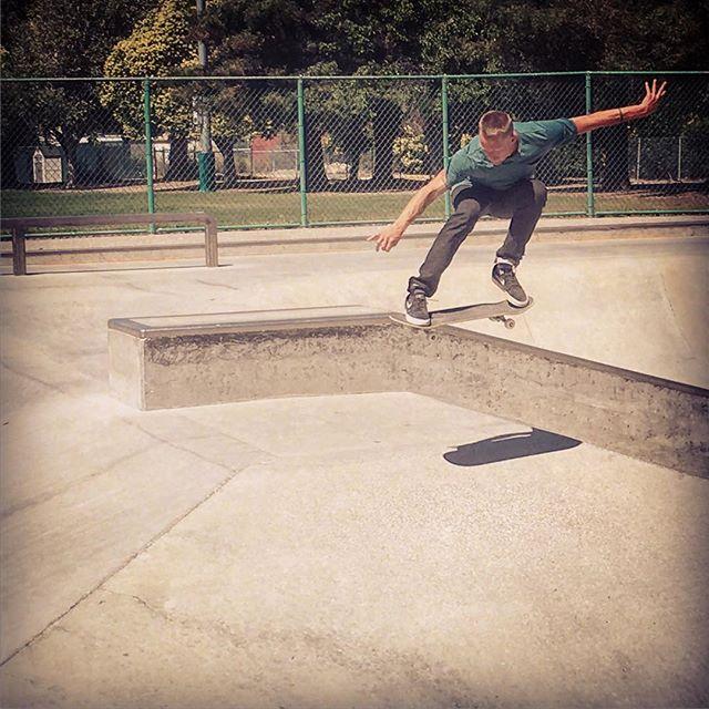 Soaking up the summer sun, sweatin it out feelin the freedom of flight with Dr. Wirtz @judahstclinic #skateboarding #movement #freedom #doctorsthatskate #brotherhood #summer #california #NorCal #judahstclinic #chiropractic #neurology #nutrition #lifestyle #KOBA #DrTitusChiu