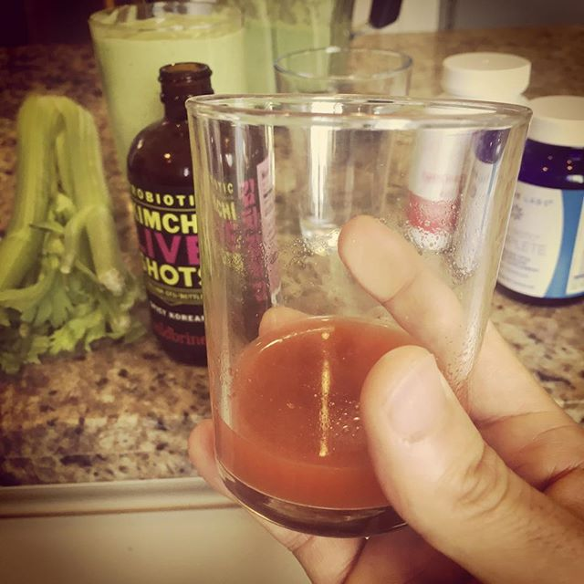 A yummy new addition to my morning ritual- shots of kimchi extract. Chock full of live probiotics, this is a delicious and spicy way to get your digestion, mood and energy up in the morning. NOT for the faint of heart lol.  #shotsshotsshots #foodasmedicine #BDNF #Nrf2 #neuroplasticity #GABA #glutamate #gutbrainaxis #probiotics #microbiome #polyphenol #mitochondria #glutathione #brainhealth #functionalneurology #functionalmedicine #neurology #nutrition #KOBA #drtituschiu #themodernbrain