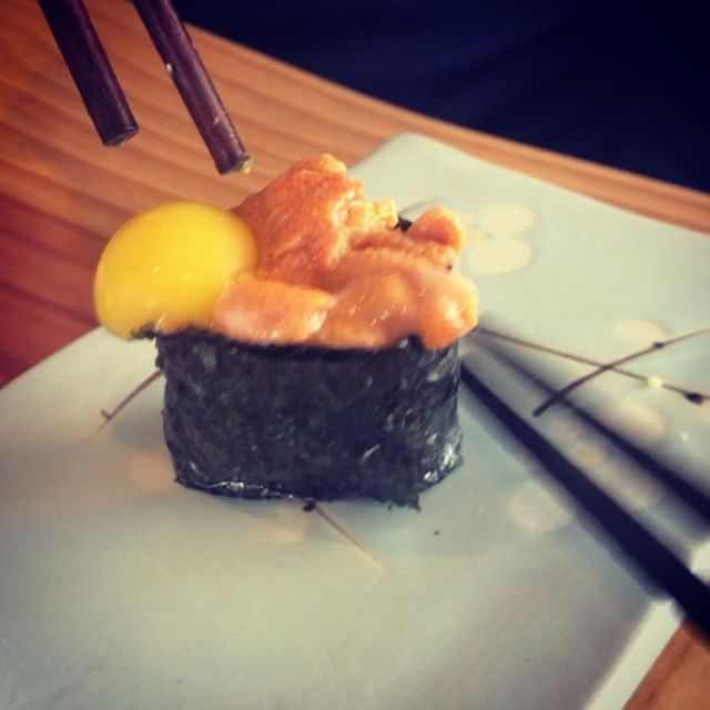 UNI QUAIL EGG: The Yin Yang of Sushi . . . #uni #quailegg #nigiri #sushi #jiggle #KamadoSushi  #paleo #aip #autoimmune #aipreintro #autoimmunepaleo #vitamix #autoimmuneprotocol #paleo #guthealth #brainhealth #gfdf #foodstagram #glutenfree #dairyfree #hashimotos #thyroid #chiropractic #nutrition #functionalmedicine #functionalneurology #homeopathy #helloKOBA #DrTitusChiu #DrNatashaFallahi #DrNatashaF